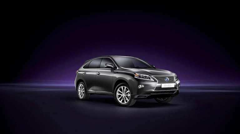 The 2013 RX 450h features Lexus' new horizontal