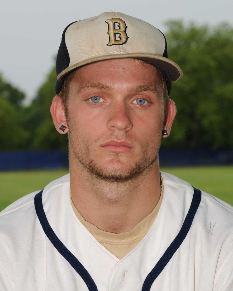 JACK PIEKOS First baseman/Pitcher, Bayport-Blue Point, junior The