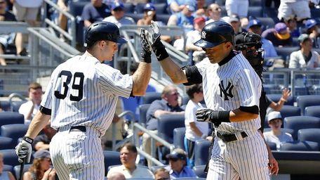 Ichiro Suzuki of the Yankees celebrates his sixth