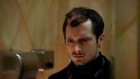 Elijah Wood plays a serial killer in the