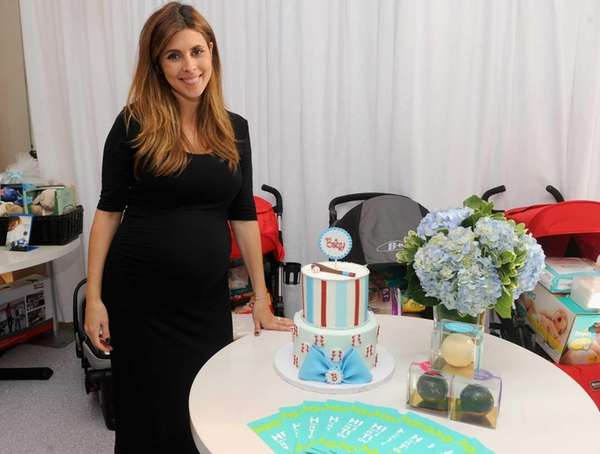Jamie-Lynn Sigler celebrates her baby shower benefitting Baby
