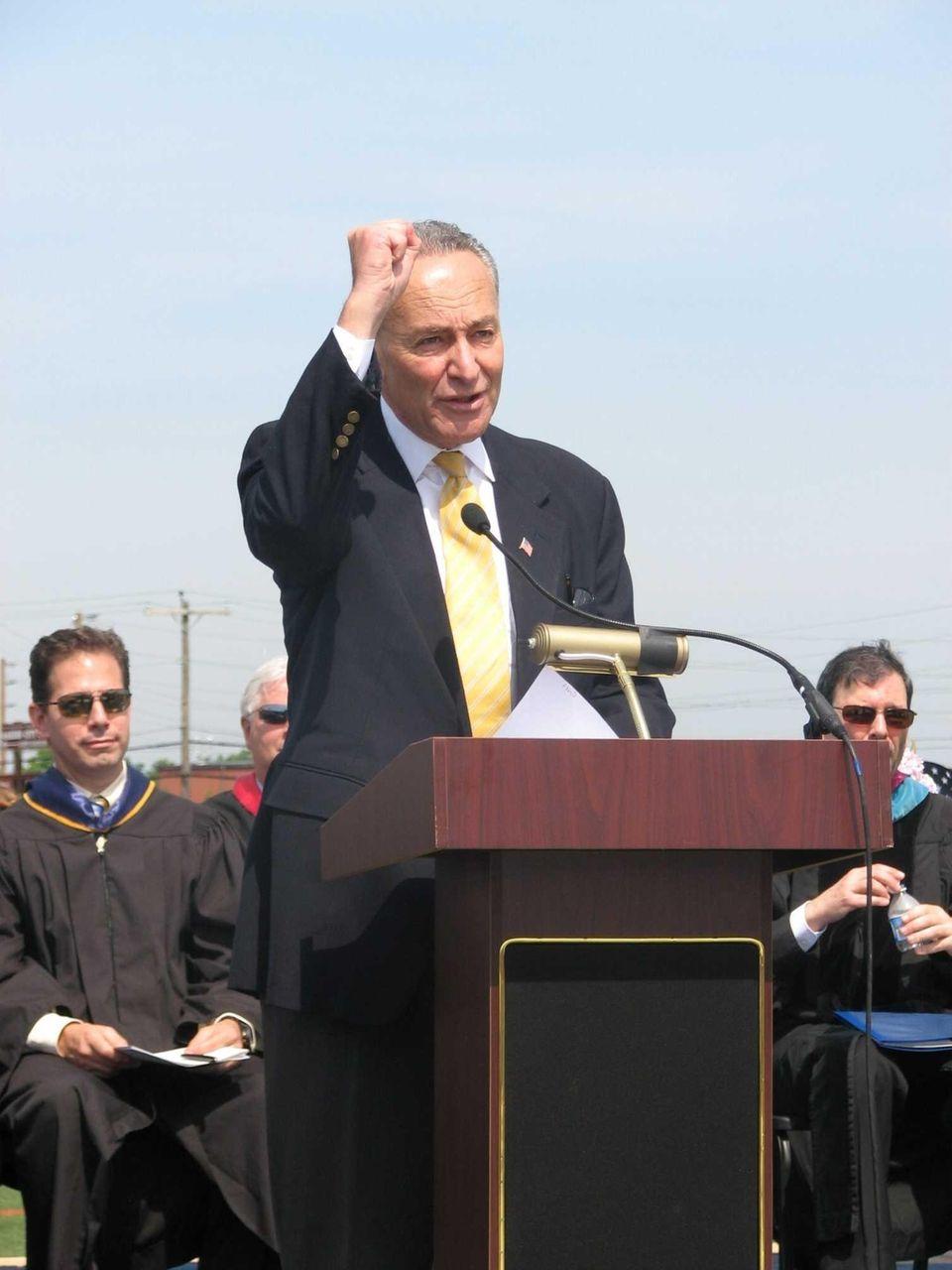 Sen. Charles Schumer (D-N.Y.) addresses Garden City High