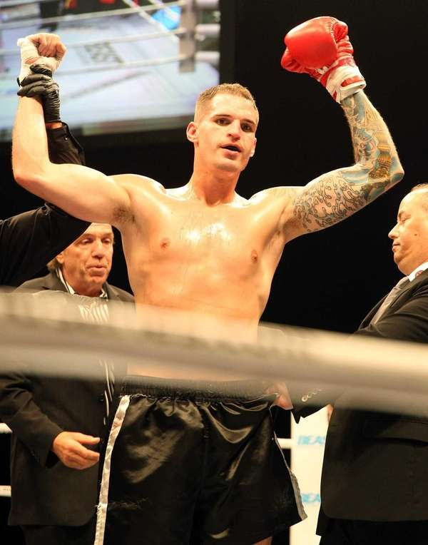 Andrew Ball TKOs James Smith Jr. for the