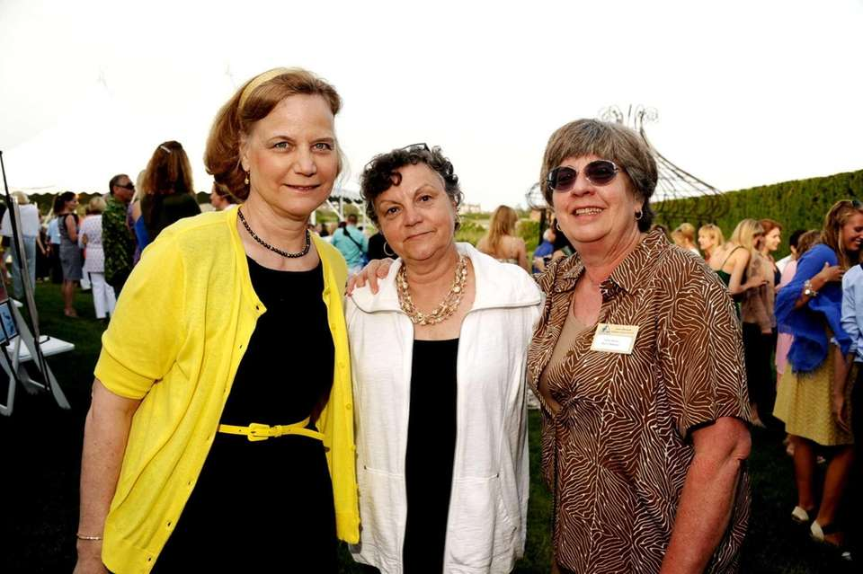Ginny Frati, Betty Lou Fletcher and Peggy Moser
