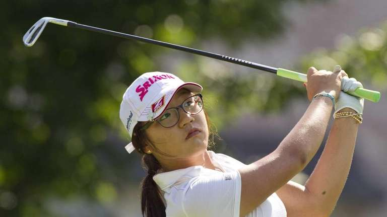 Lydia Ko watches her ball from the 16th