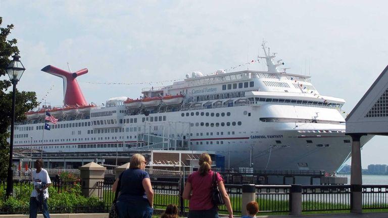 The cruise liner Carnival Fantasy calls in Charleston,