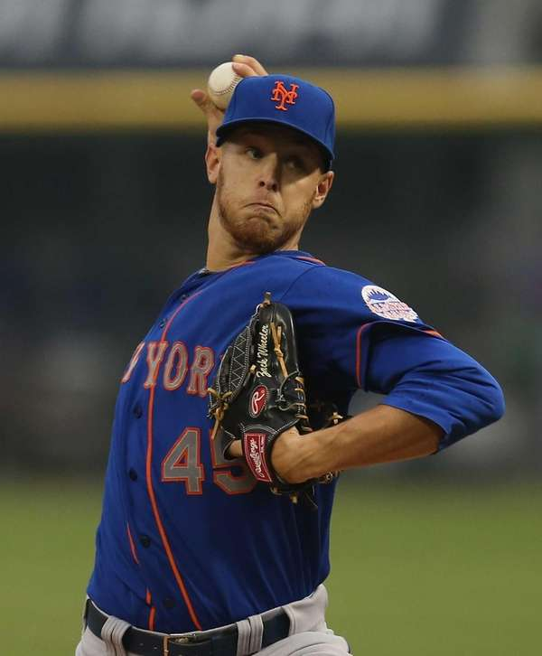 Starting pitcher Zack Wheeler of the Mets delivers
