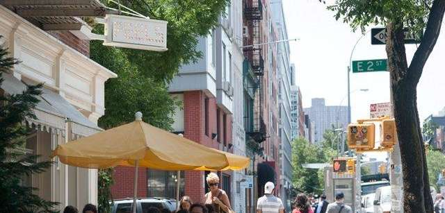 Restaurants offer outdoor eating along the Bowery during