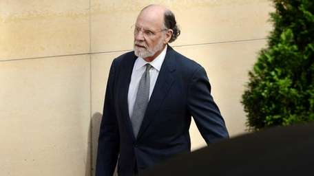 Commodities regulators claim Jon Corzine bears responsibility for