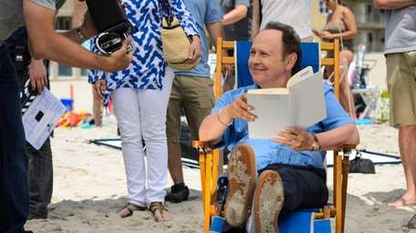 Billy Crystal films a Long Beach commercial on