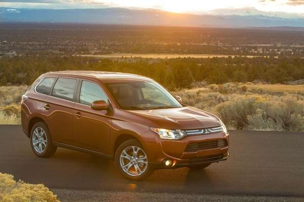 The 2014 Mitsubishi Outlander starts out as an