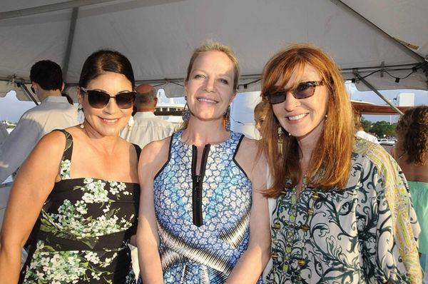 Carolyn Hirsch, Pamela Johananoff and Nichole Miller enjoy