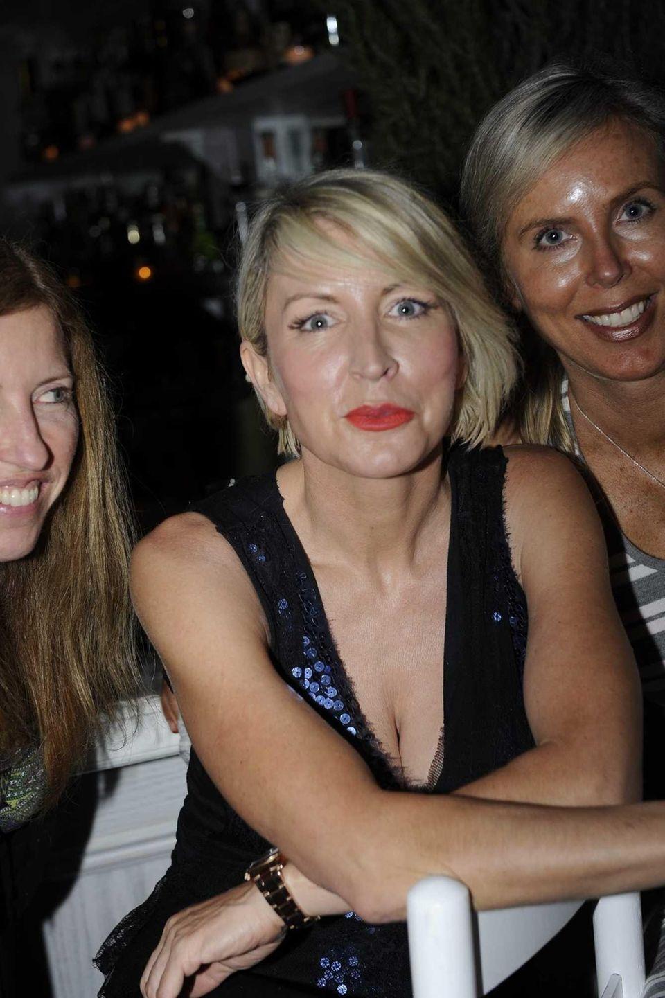 Heather Mills, ex-wife of singer Paul McCartney, hangs