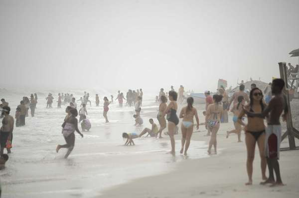 Beachgoers at Jones Beach's Field 6 make the
