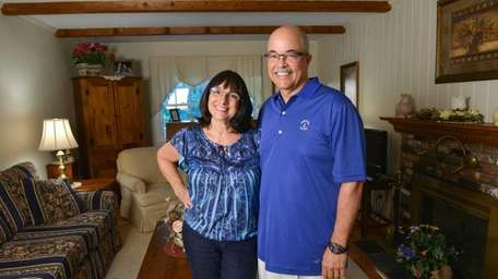 Kent and Jan Smith in the living room