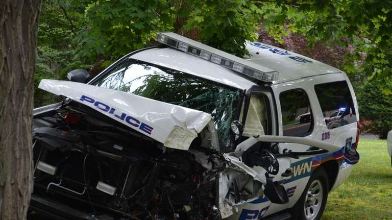 A Muttontown Village police lieutenant was injured and