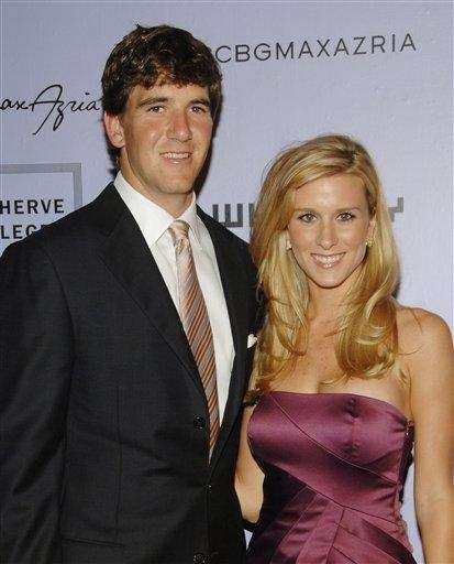 Giants quarterback Eli Manning and wife Abigal McGrew