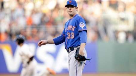 Matt Harvey looks back at his catcher John