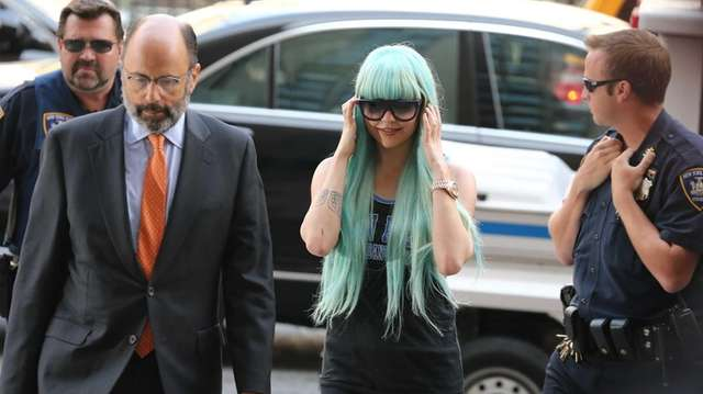 Amanda Bynes attends an appearance at Manhattan Criminal