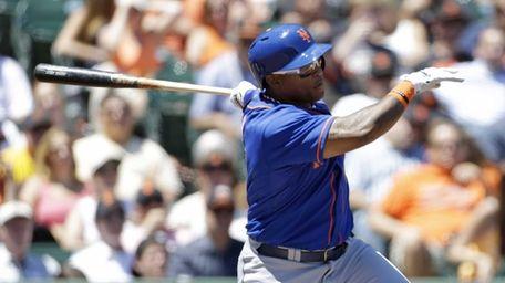 Marlon Byrd follows through on a two-run home
