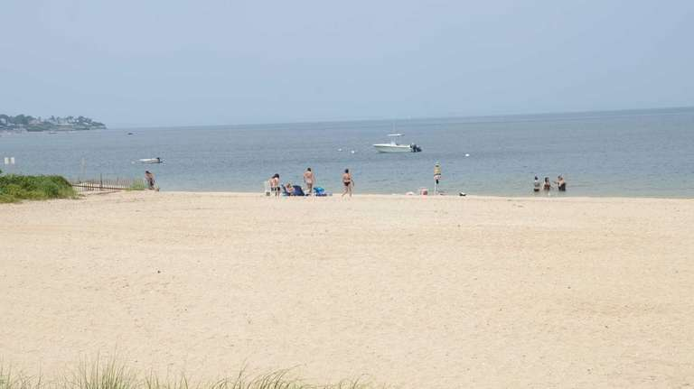 Located along Bayville Avenue, Soundside Beach Park in