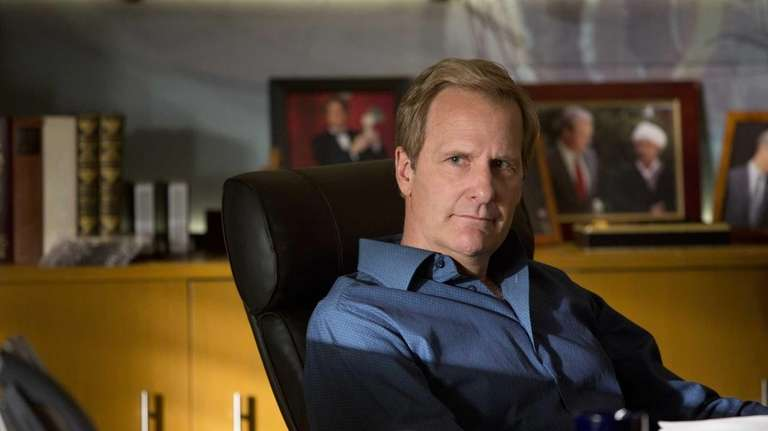 Jeff Daniels as Will McAvoy in the news