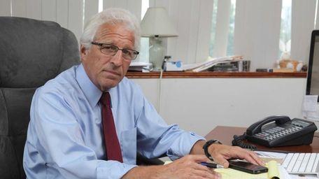 Raymond G. Perini, who has filed 4,725 signatures