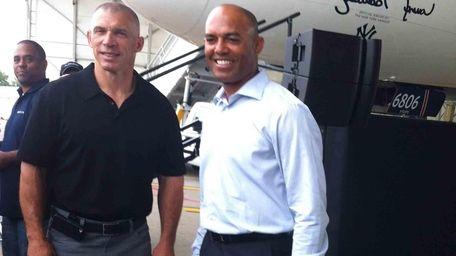 Yankees closer Mariano Rivera poses with manager Joe