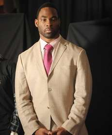 Justin Tuck of the New York Giants will