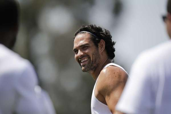 Jets quarterback Mark Sanchez works out at Mission