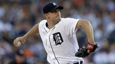 Detroit Tigers starting pitcher Max Scherzer throws during