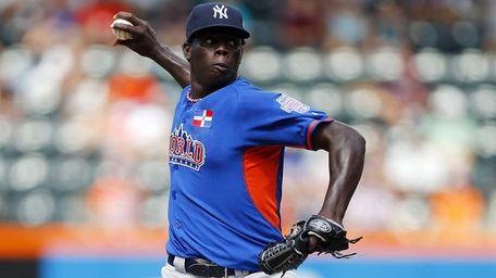 Yankees prospect Rafael De Paula #45 of the