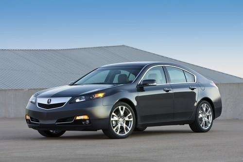 The 2013 Acura TL has some noticeable road