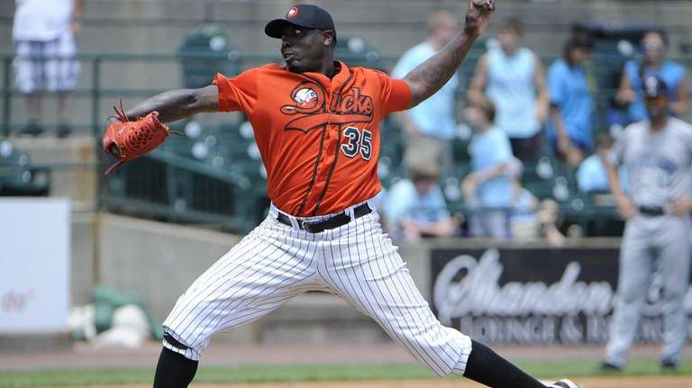 Starting pitcher Dontrelle Willis of the Long Island