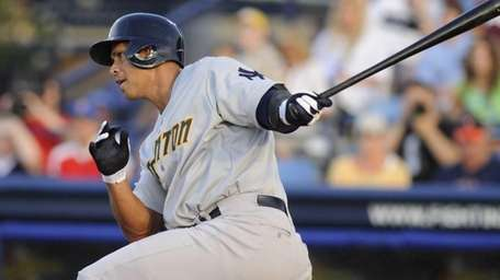 Alex Rodriguez grounds out in the first inning