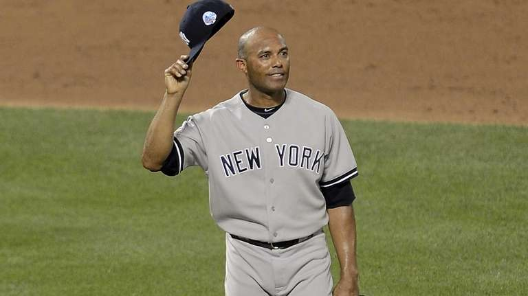 Mariano Rivera of the Yankees takes the mound