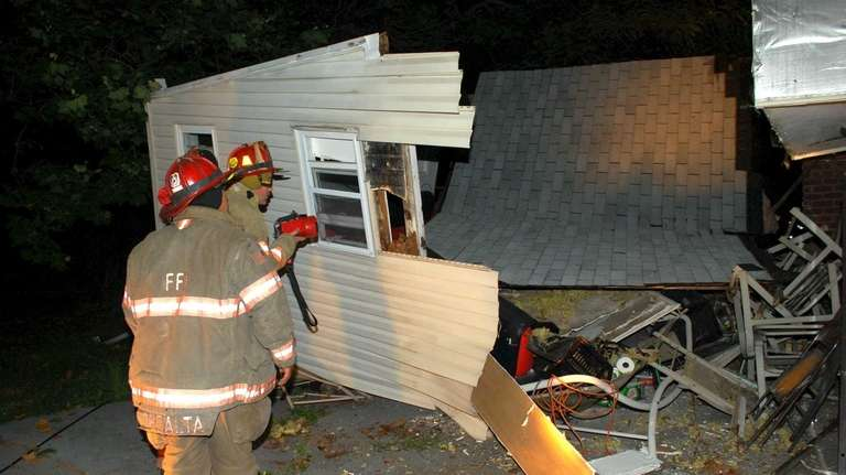 A Baldwin home's second-story extension collapsed, but no