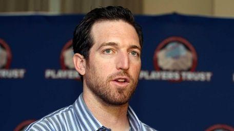 Mets first baseman Ike Davis was co-host at