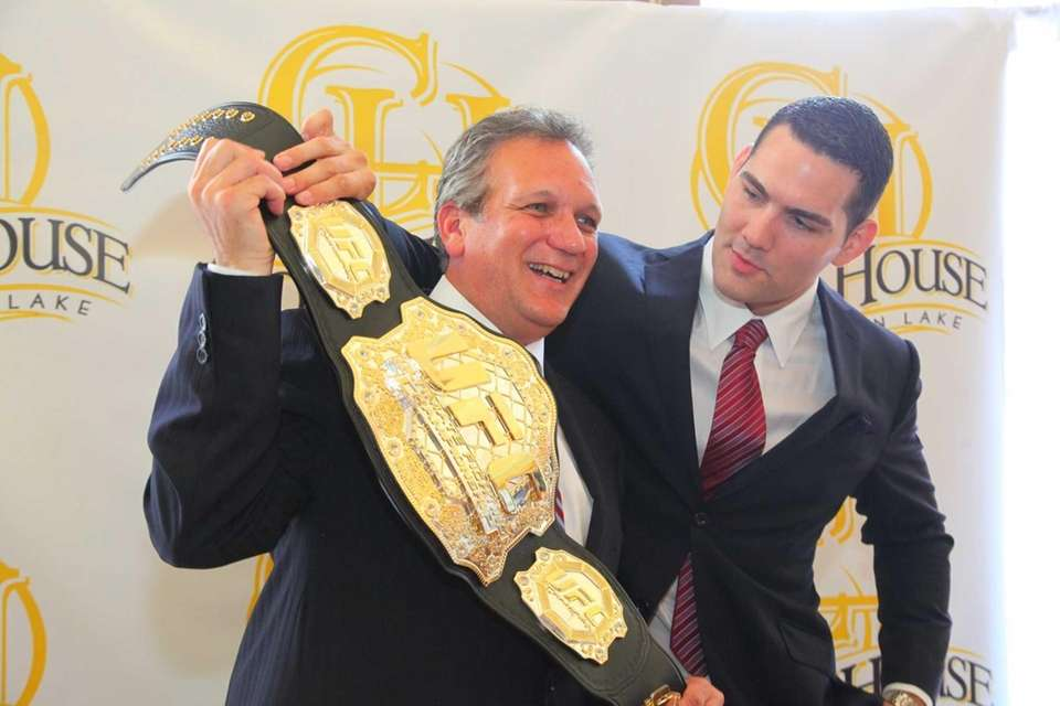 Chris Weidman, the newly crowned UFC Middleweight World