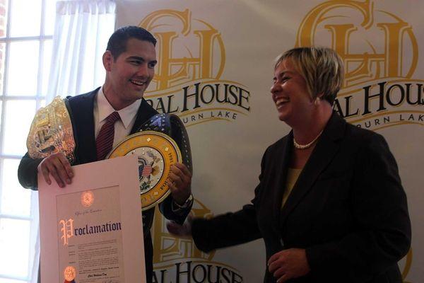 Town of Hempstead Supervisor Kate Murray presents UFC