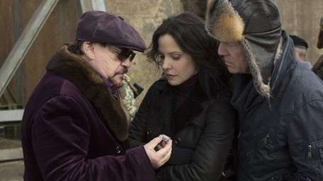 Brian Cox, Mary-Louise Parker and Bruce Willis star