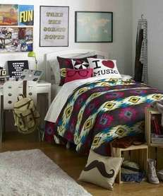 Design your dorm with help from Dormify.com designers