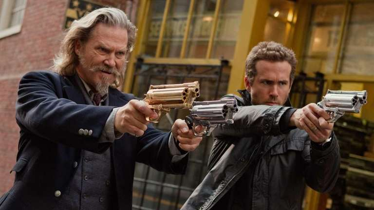 From left Jeff Bridges and Ryan Reynolds in