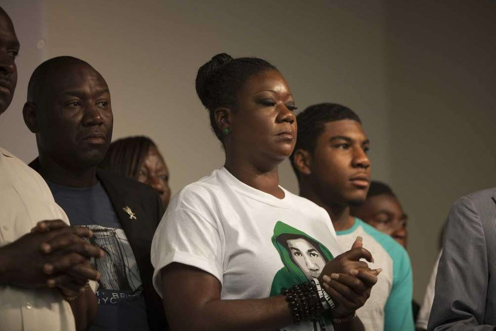 Trayvon Martin's mother, Sybrina Fulton, speaks at the