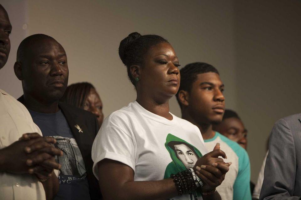 Trayvon Martin's mother, Sybrina Fulton, speaks at the