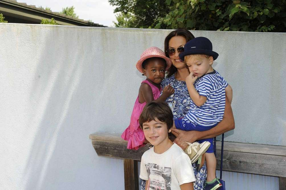 Actress Mariska Hargitay and her children Ammaya, Andrew