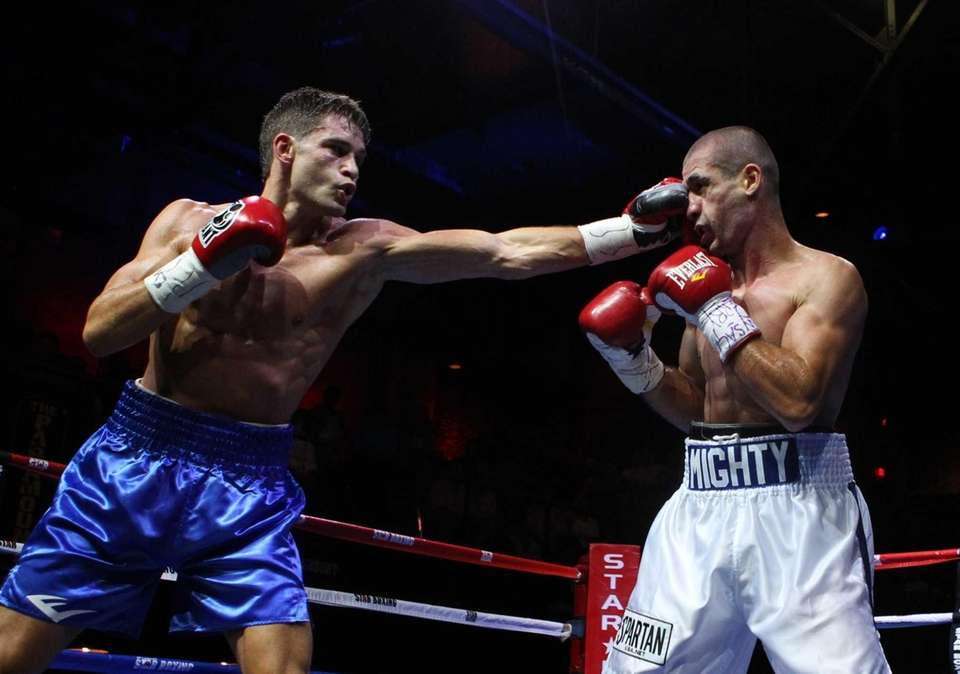 Chris Algieri of Huntington, left, fights Mike Arnaoutis