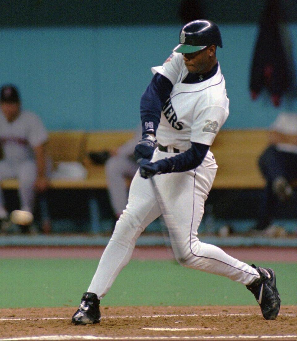 KEN GRIFFEY JUNIOR 1997, Seattle Mariners 56 home