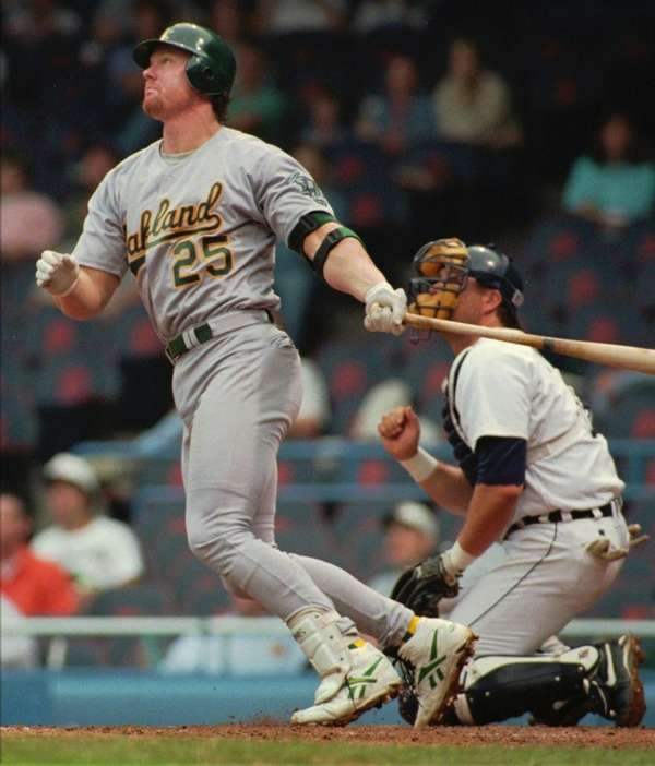 MARK MCGWIRE 1996, Oakland Athletics 52 home runs