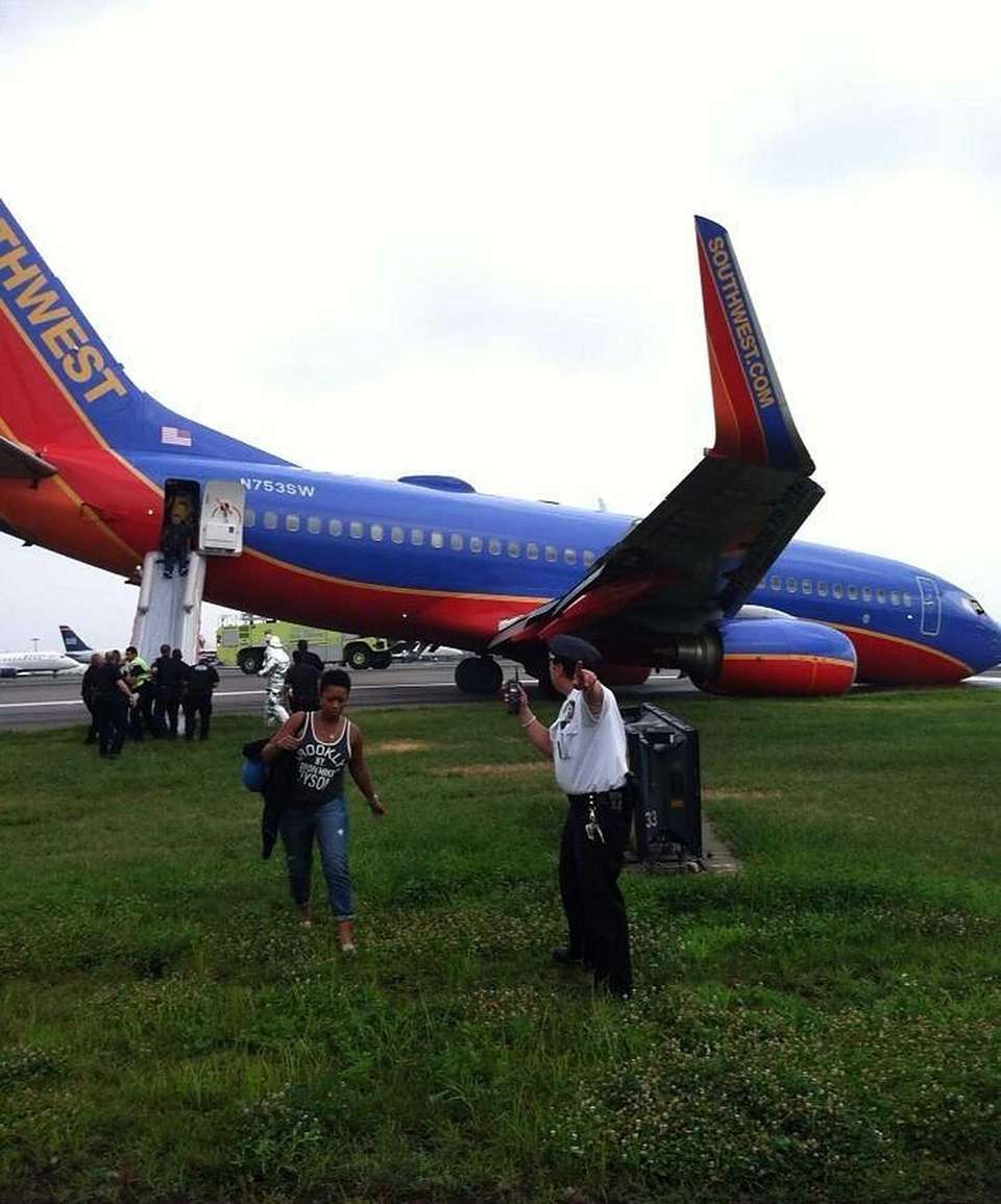 A Southwest Airlaine plane landed at LaGuardia Airport